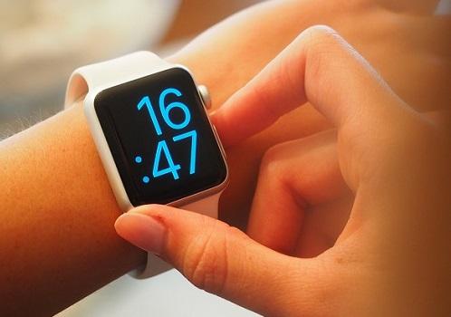 best smartwatch under 3000