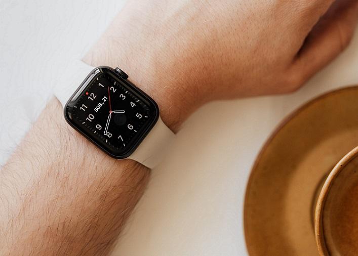 best smartwatch under 4000