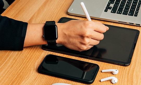 best smartwatch under 6000