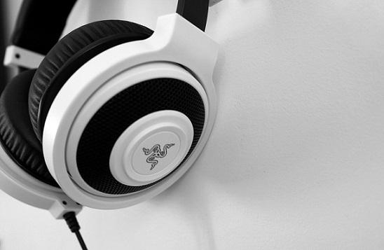 best gaming headphones under 1000